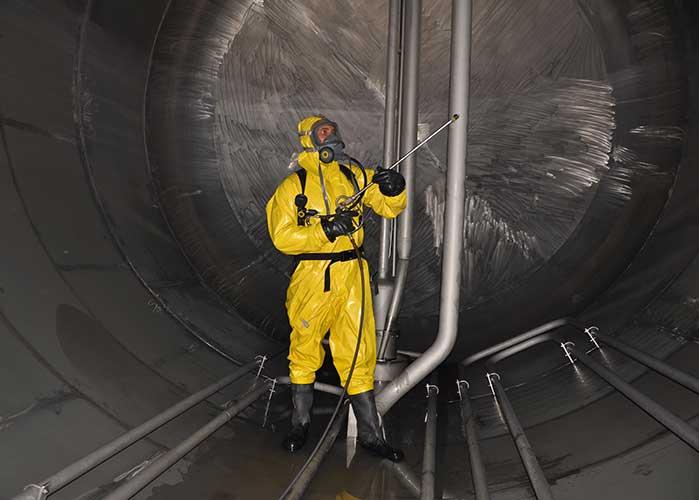 Oil tank cleaning service
