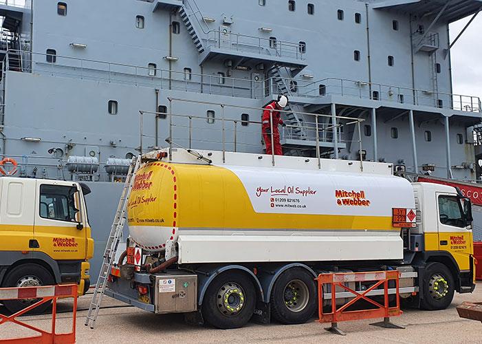 Fuel Uplifting navy
